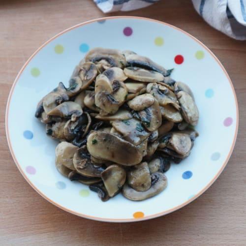 Funghi Champignon aglio e prezzemolo