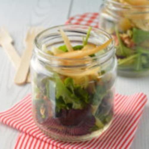 ensalada de alcachofa, nueces y parmesano