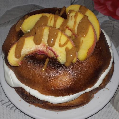 Pancake alla pesca ed arachidi al profumo di vaniglia