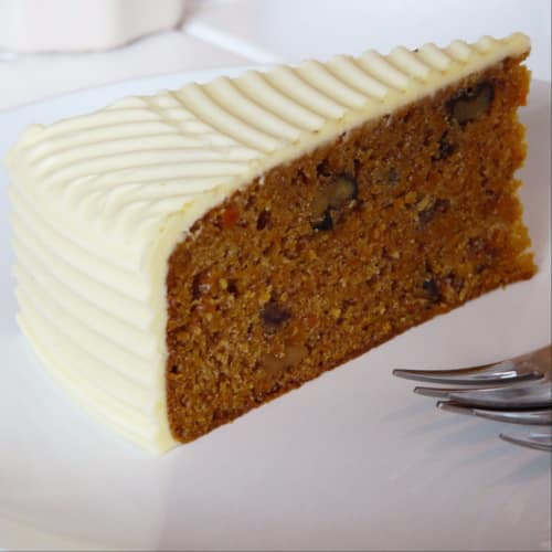 Carrot cake with chocolate drops