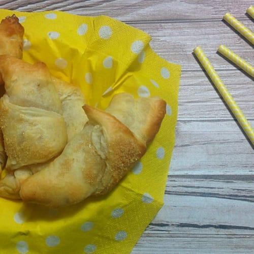 Croissants dulce de manzana