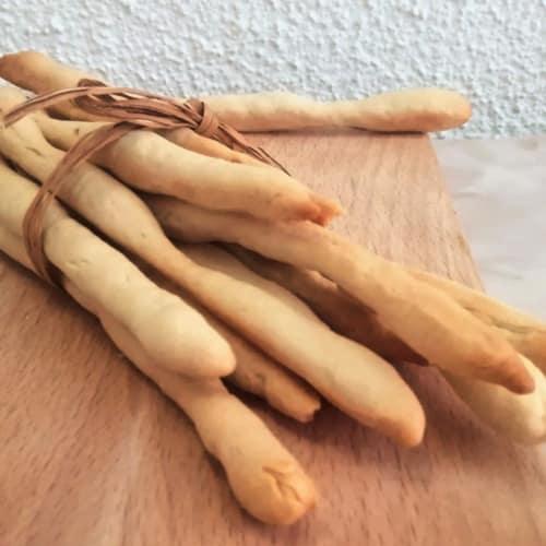 Palitos de pan friable y rápido