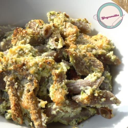 las pastas de trigo sarraceno con la coliflor y el cannabis