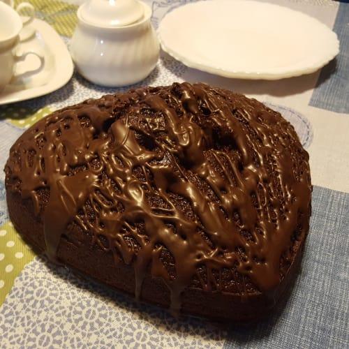 Torta sofficiosa al cioccolato e lamponi