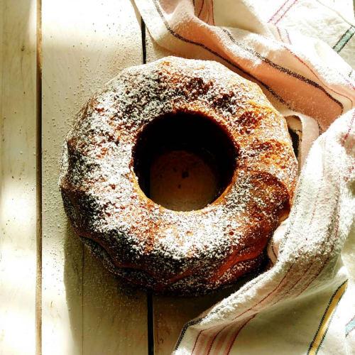 Bundt cake alla panna montata