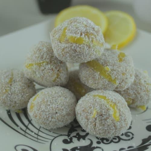 Bolitas energéticas de limón
