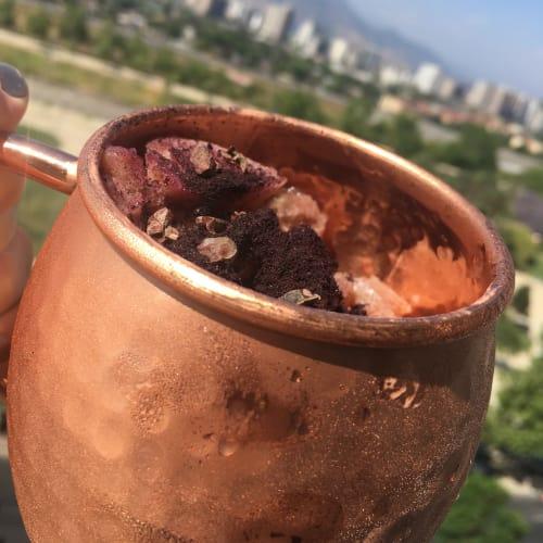Helado de maqui y nibs de cacao