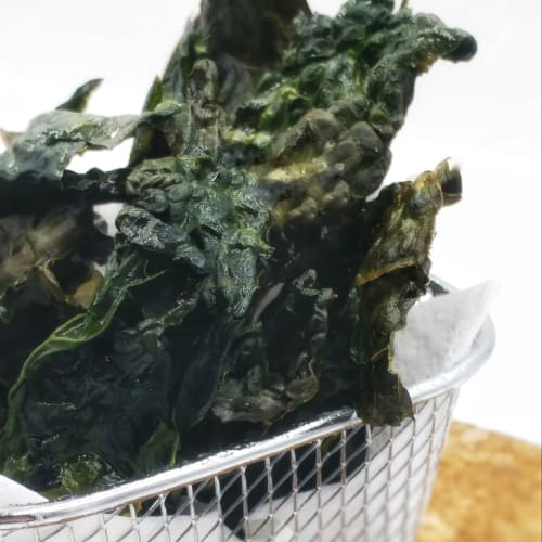 Chips of black cabbage