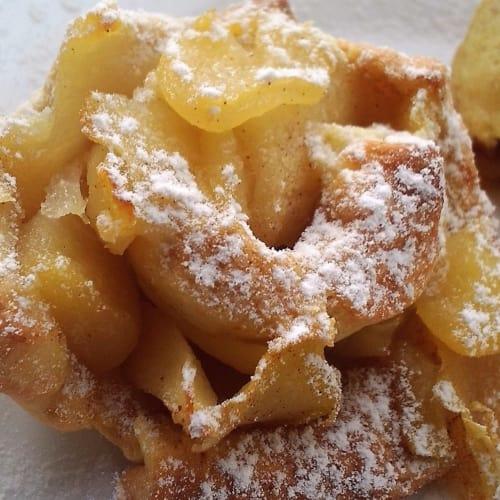 Rose rellenos de pastelería manzana