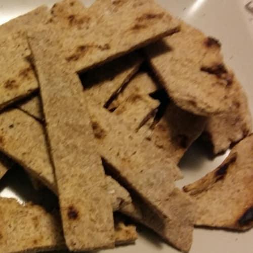 galletas al horno en una sartén sin levadura