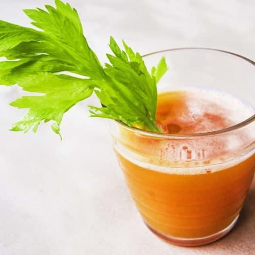 extracto de zanahoria, apio, pepino, manzana