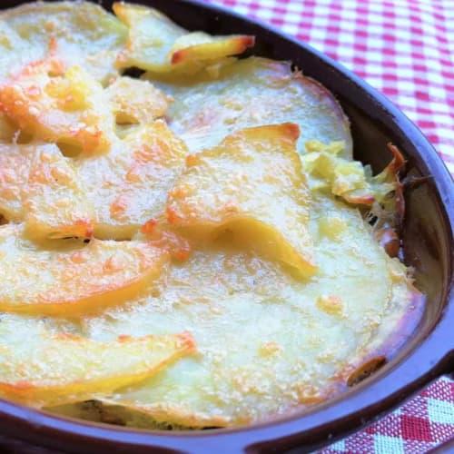 Pastel de setas, patatas y scamorza