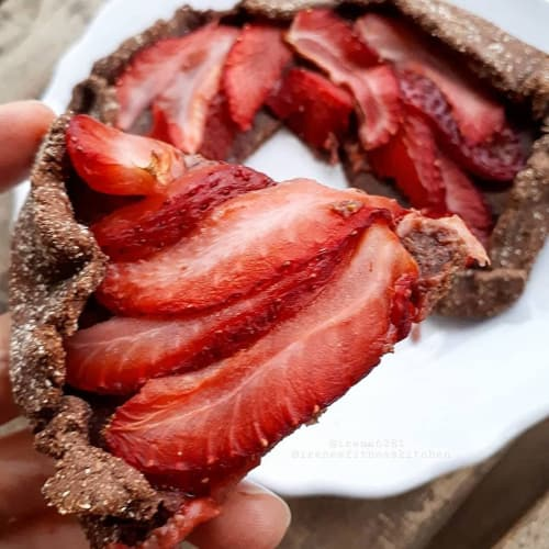 Rustic tart chocolate and strawberries