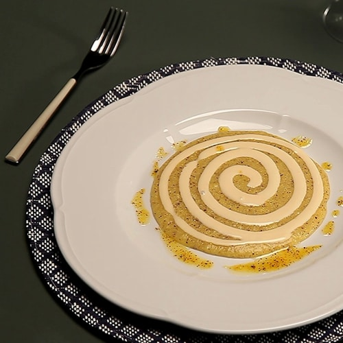 Crema de maíz con fondue de taleggio y trufa