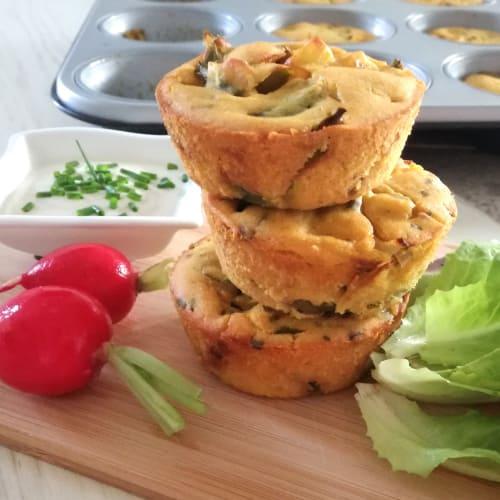 Tartaletas de espárragos con harina de garbanzo y curry