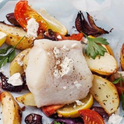 Pesce al forno in stile greco