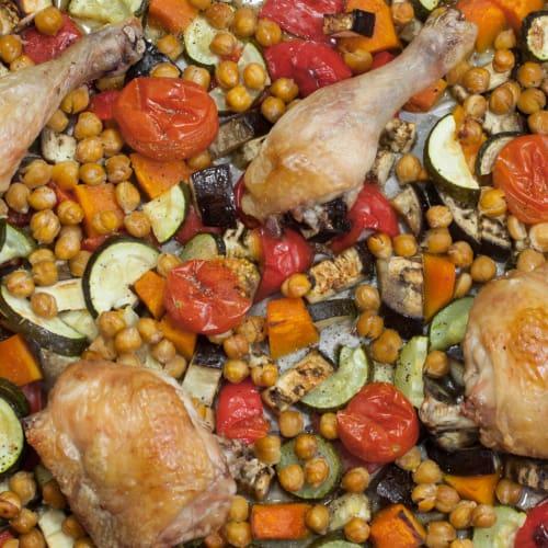 Pollo asado con garbanzos y verduras!
