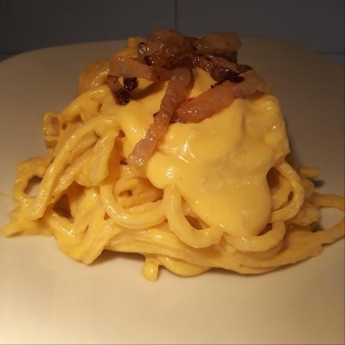 Crema de azafrán Troccoli y tocino crujiente