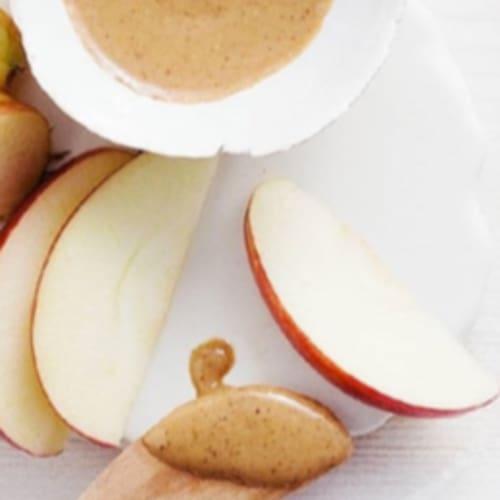 Manzana con mantequilla de maní