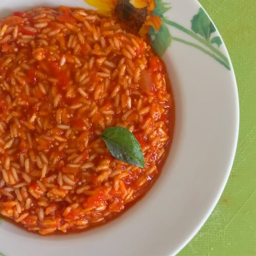 Whole tomato risotto