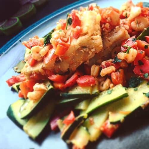 Trancetti di merluzzo con zucchine e gamberetti