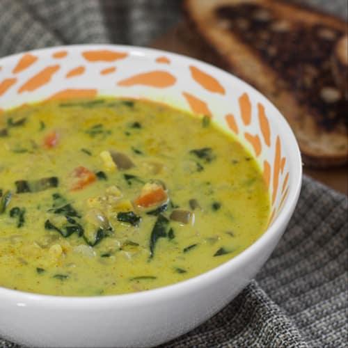 Sopa de coliflor y verduras!