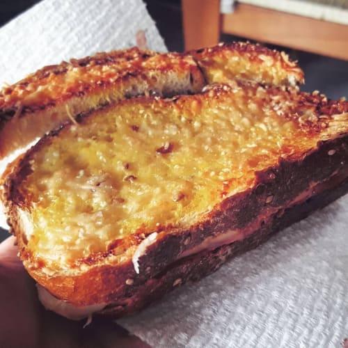 Crostone di pane al forno