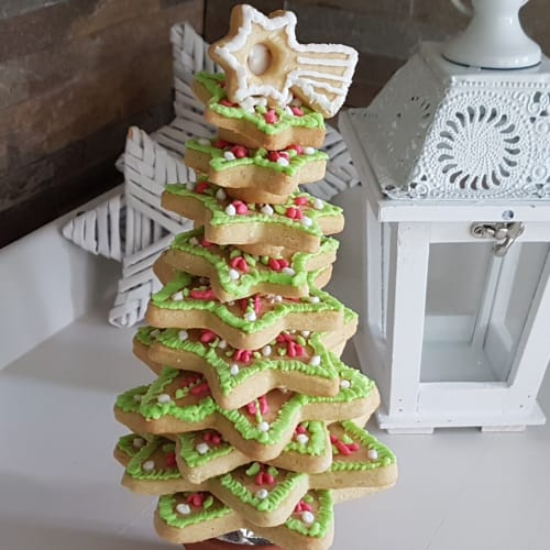 Christmas tree with decorated cookies