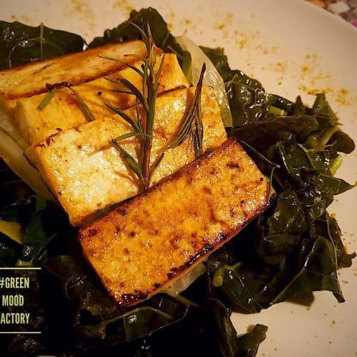 Tofu saltato in padella con cicoria