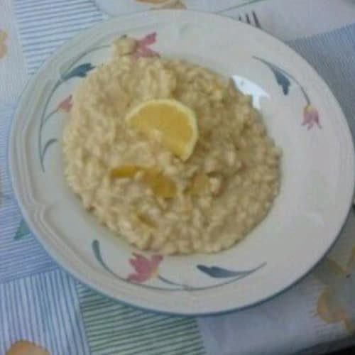 Risotto with milk and lemon