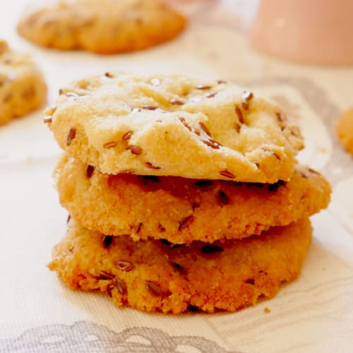 Glutenfree biscuits with flax seeds
