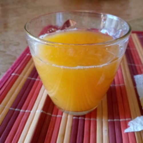 Spremuta di arance e mandarini