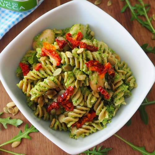 Spelled Fusilli with rocket pesto and nori seaweed