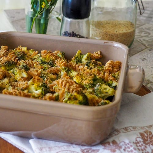 Puff pastry with broccoli