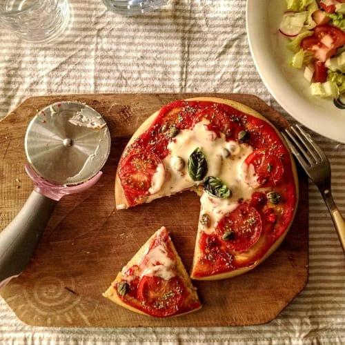 Pizzetta De Harina De Garbanzo