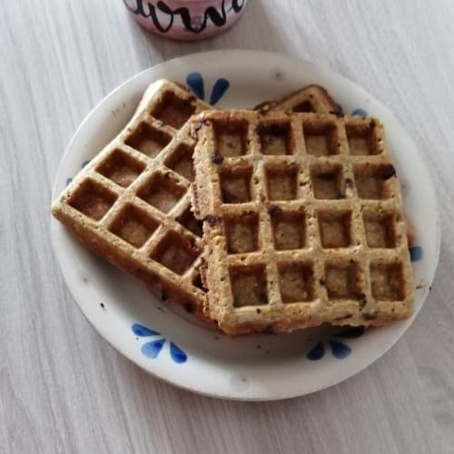 Waffles proteici all'avena