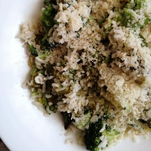 Risotto con asparagi e broccoli