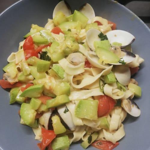 Tagliatelle zucchine e vongole