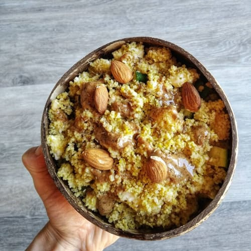 Crunchy almond couscous with curcurma