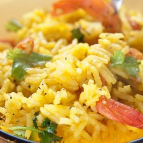 Ensalada de arroz basmati con azafrán.