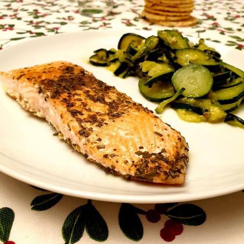 Marinated salmon with zucchini