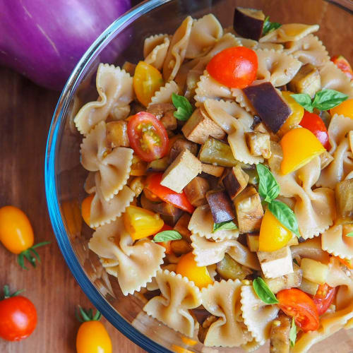 Cold pasta with eggplant and smoked tofu