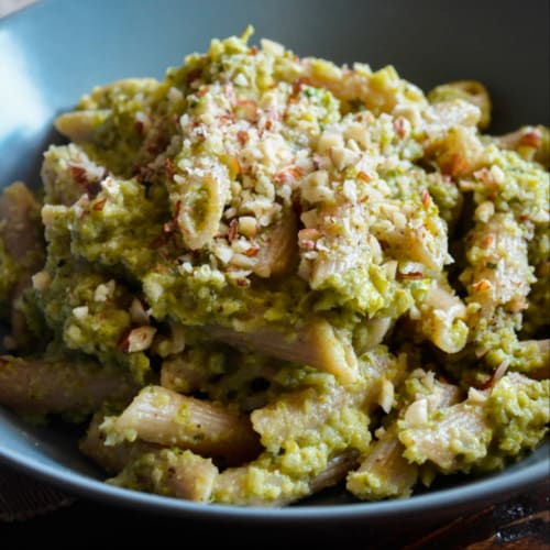 Whole wheat pennette with zucchini and hazelnut cream