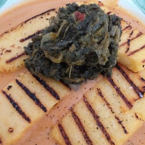 Polenta, frijoles y brócoli