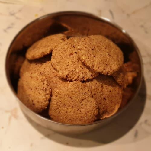 Biscotti vegani alle nocciole