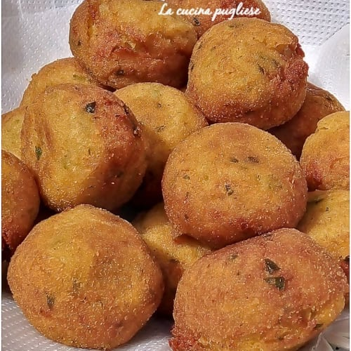 Albóndigas Con Patatas Y Mozzarella