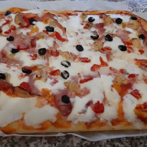 Simple homemade pizza ...