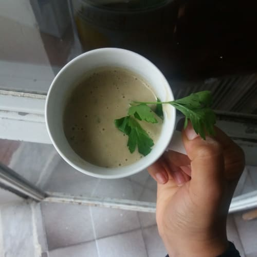 Protein, banana and parsley smoothie