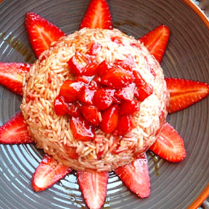 Arroz con fresas y vinagre balsámico