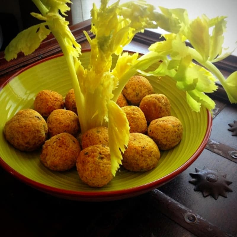 Seitan patties and chick pea flour